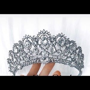 Bridal and prom crown